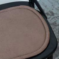 Подушка на стул овальная коричневая