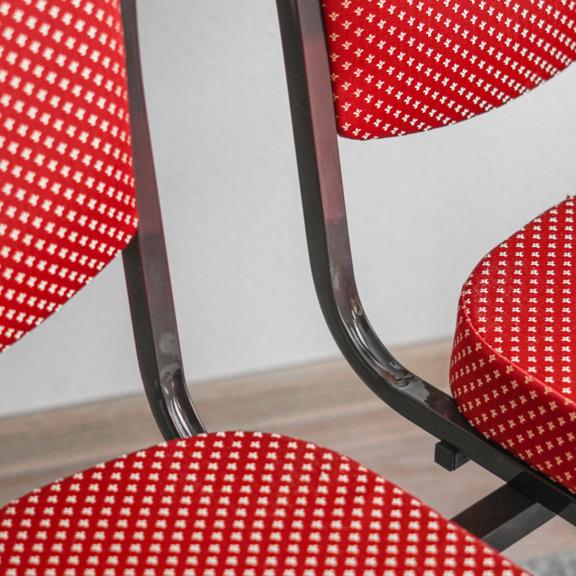 Секция из 2-х стульев Хит 25мм, корона красная